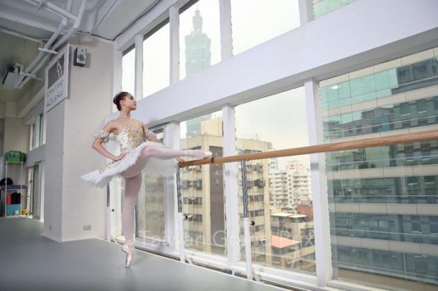 KWBS 古典芭蕾專業班 4